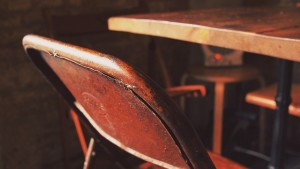 Wytrzymałe krzesła warsztatowe
