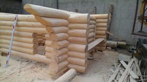 Budowa ciepłego domu z drewna dla dużej rodziny