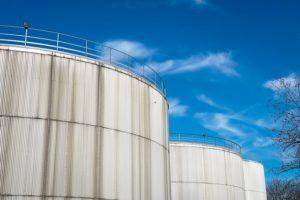 Magazynowanie substancji sypkich i płynnych w przedsiębiorstwach