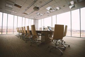 Sala konferencyjna – jak ją urządzić?