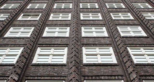 Jak wyregulować okna przed zimą?