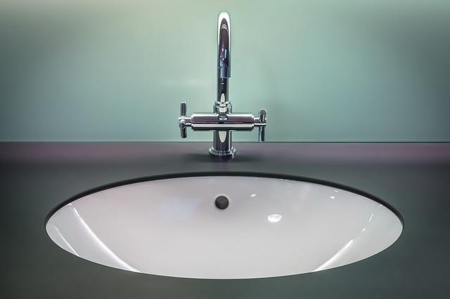 Meblowe umywalki istotnym elementem każdej łazienki